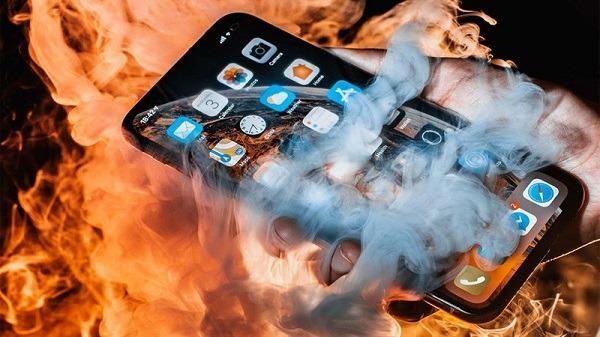 5 cách giảm nhiệt độ điện thoại Android, IOS